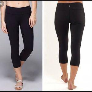 Lululemon Athletica cropped leggings